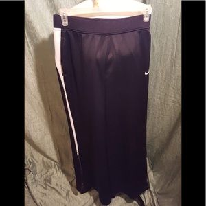 Men's Nike size medium dry fit athletic pants